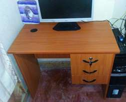 Office table(brand new)