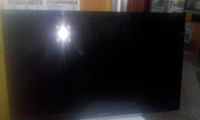 "Sony 32"" inches ex33 analog Nairobi CBD - image 6"