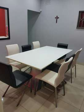 Extendable Tempered Glass 8 Seater Dining Room Table And Chairs