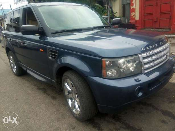 Fairly used range rover in a very sound and perfect condition Port-Harcourt - image 1