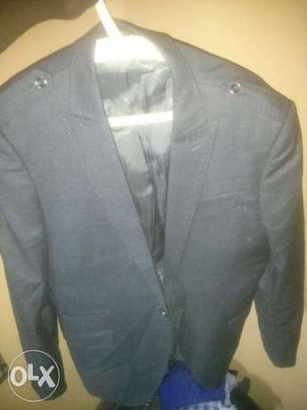 Grey and Blue suit for urgent sale Ife Central - image 4