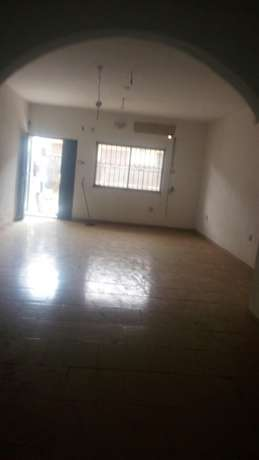 Standard Executive 3bed Rooms Flat at Ajao Estate Isolo Lagos Mainland - image 2