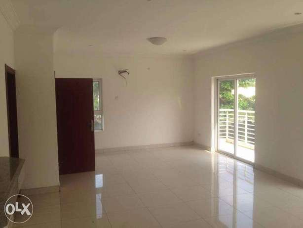 Top Notch 3 Bedroom Flat at Lekki Lagos Mainland - image 3