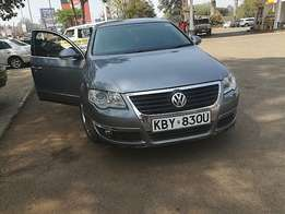Very clean Gray Volkswagen Passat (2007) Diesel.