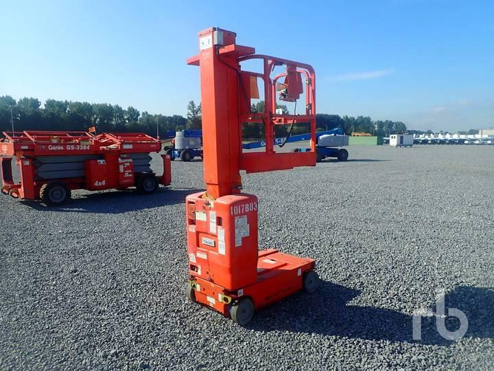 Genie GRC12 Electric Vertical Manlift - 2010