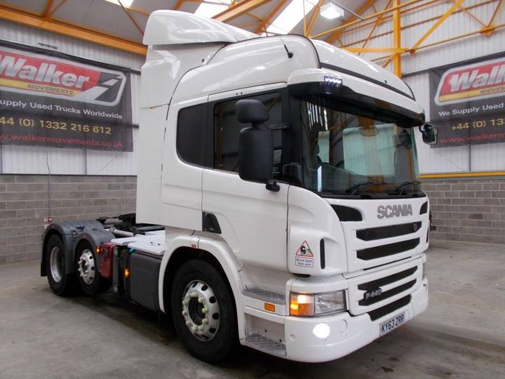 Scania 111  P440 (SCR) EURO 5 HIGHLINE 6 X 2 TRACTOR UNIT - 2013 - 2013