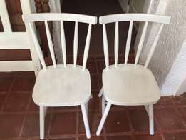 BARGAIN! SET Beautiful Wooden Chairs
