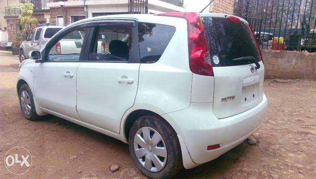 Nissan Note 2010 Pearl white, just arrived Westlands - image 4