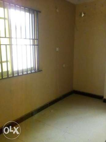 Three bedroom flat all ensuit Ogba - image 7