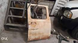 Nissan hardbody rear door