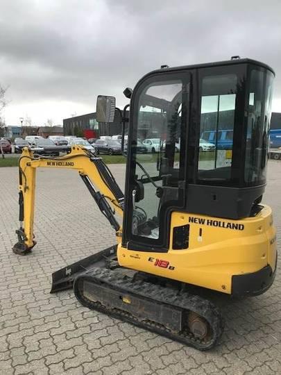 New Holland E18 Minigraver - 2014 - image 3