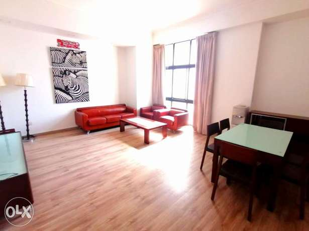 Bright & City View 2 BR FF apartment in Juffair close to Highway
