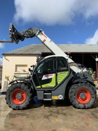 Claas scorpion 7055 - 2015
