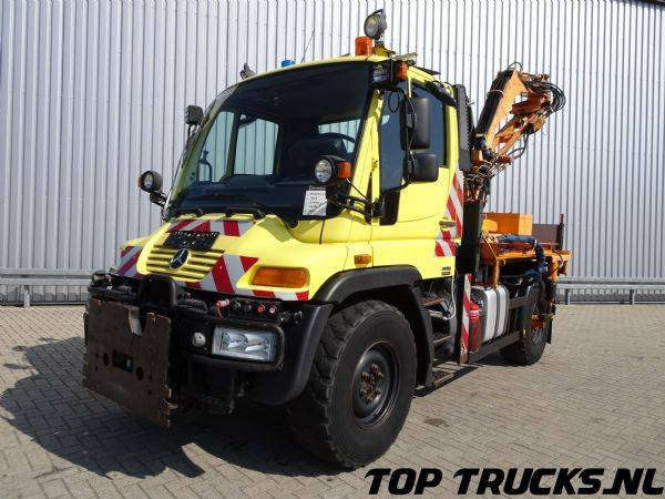 Mercedes-Benz Unimog U 300 4x4 Tipper, Lawn mower - 2007