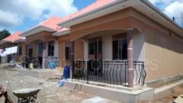 Tremendous self-contained 2 bedroom house in ssonde at 400k