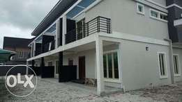 4 bedroom Terraced duplex with bq for Sale at Lekki Phase 2 Ajah