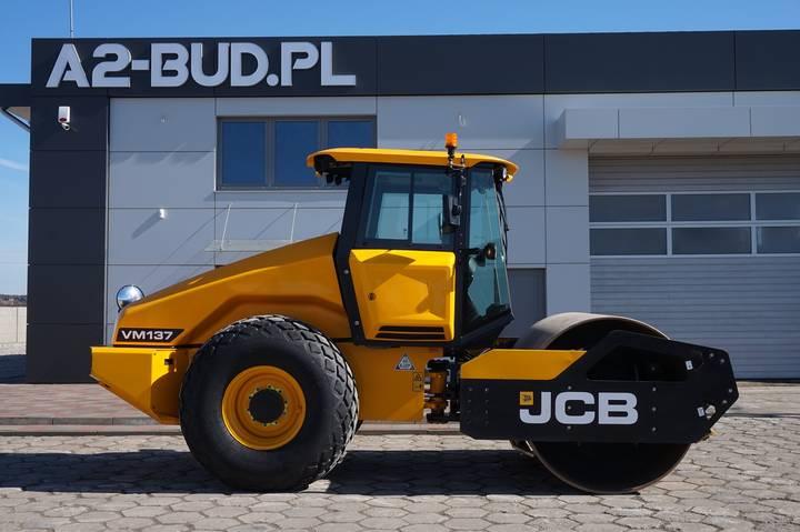JCB VM 137 - 2015