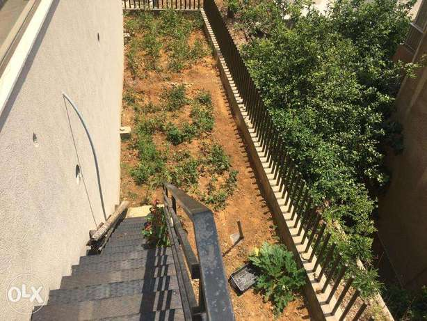 HOT ! A 200 m2 apartment with a garden for sale in Byakout / Biaqout