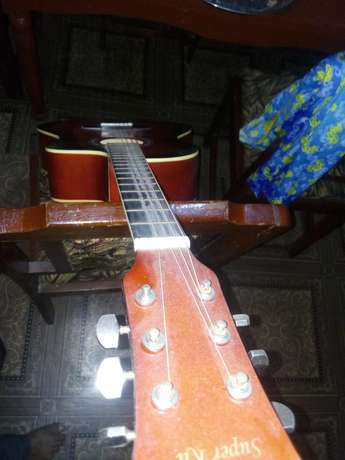 Guitar box urgently for sale Oluyole - image 3