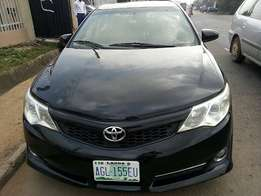 Neatly Used Toyota Camry (2013)