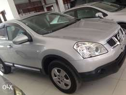 Nissan dualis silver metallic colour fully loaded kcp