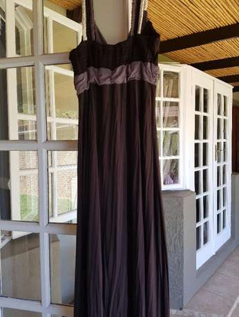 Ginger Mary Dress Size 38 Pretoria East - image 3
