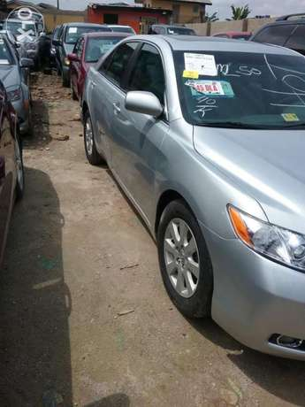 Super clean xle Camry muscle thumb start Lagos Mainland - image 2