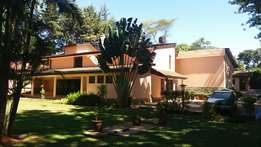Commercial 8 bedroom double storey house to let in Gigiri.