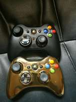XBOX 360 Slim+Kinect,2controllers and 6 games+controller charger.