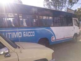 Selling bus hyundai 42seater