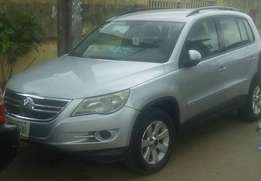 SUPERB Volkswagen Tiguan 2010 4motion (4WD) 4plugs or N2.750m