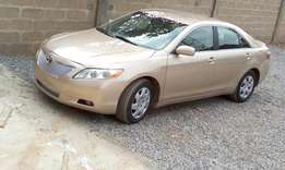 Top of the range Camry with DVD, Bluetooth, navigation, reverse camera