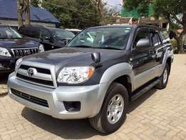 Toyota hilux surf 2011 model