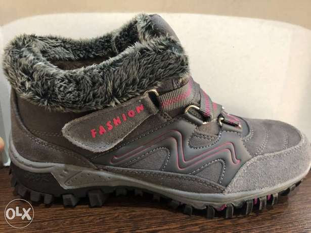 Winter Outdoor Hiking Shoes Plus Velvet Women Warm Boots size 41