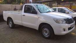 Toyota Hilux 2.5 D4-D LWB for R28,000