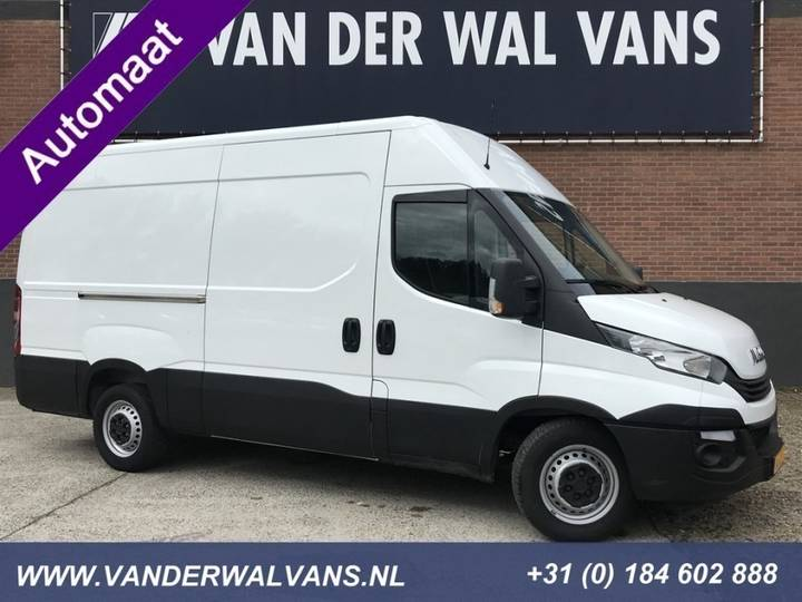 Iveco Daily 35S16V L2H2 *AUTOMAAT* Euro6 Airco, 3.5T Trekgewicht, - 2017