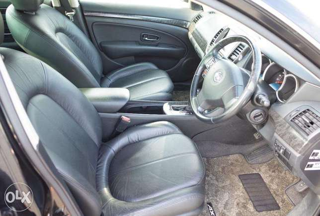Nissan Bluebird Silphy 2000cc ,2010, leather seats South C - image 4
