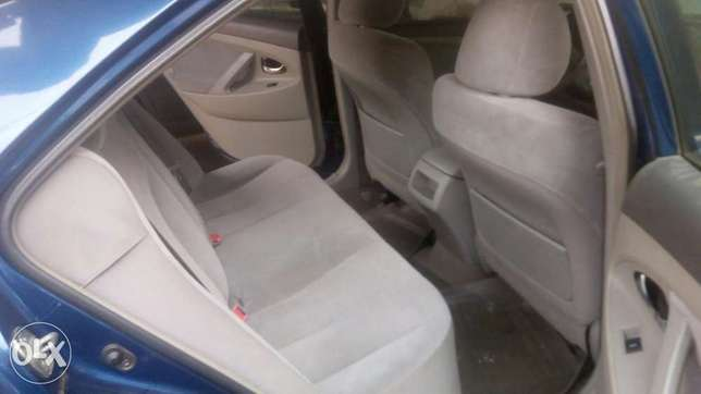 Fresh registered 2010/011 Camry available Lagos Mainland - image 3