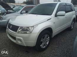 Suzuki Escudo,KBX,2007,2000CC,Auto,asking ksh.1,200,000 negotiable