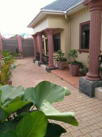 Zion 2 bedroom fully furnished house for rent in Naalya at 600$ Kampala - image 1