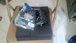 Few months used ps4 with FIFA 15 and 1 pad