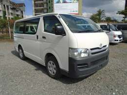 for sale toyota hiace petrol 2000 cc 2010 model manual 5speed