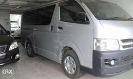 Toyota hiace auto diesel at 2.4m