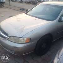 Clean used 2001 Nissan Altima for sale
