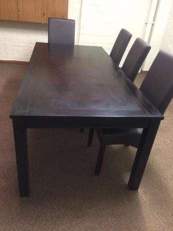 Dining Table Paarden Island - image 1