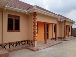 wonderful 2 bedroom house for rent in Kitende-Entebbe at 400k