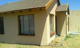Four room house to rent in Moriting Section Tembisa