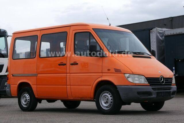 Mercedes-Benz 208 CDI Kombi kompakt AHK*Umbau 9 Sitze moglich* - 2001