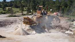 DRAGON,machinery 25Mobile Crushing and Screening Plant