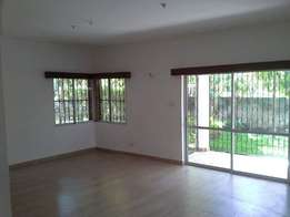 4 Bedroom VILLA stands alone on 1/2 acre plot near oshwal academy scho